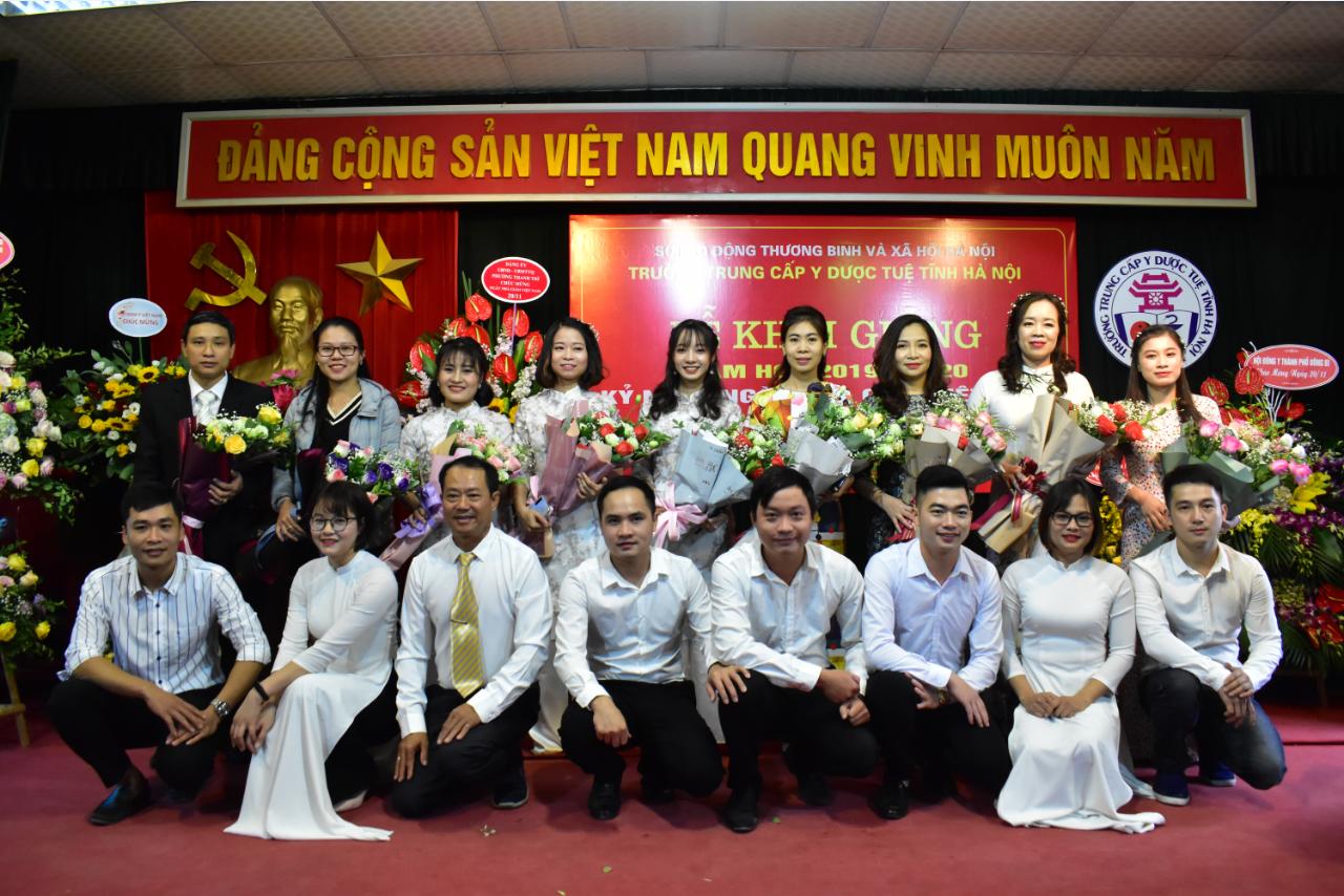 Lễ khai giảng năm học 2019 - 2020 và kỷ niệm ngày Nhà giáo Việt Nam