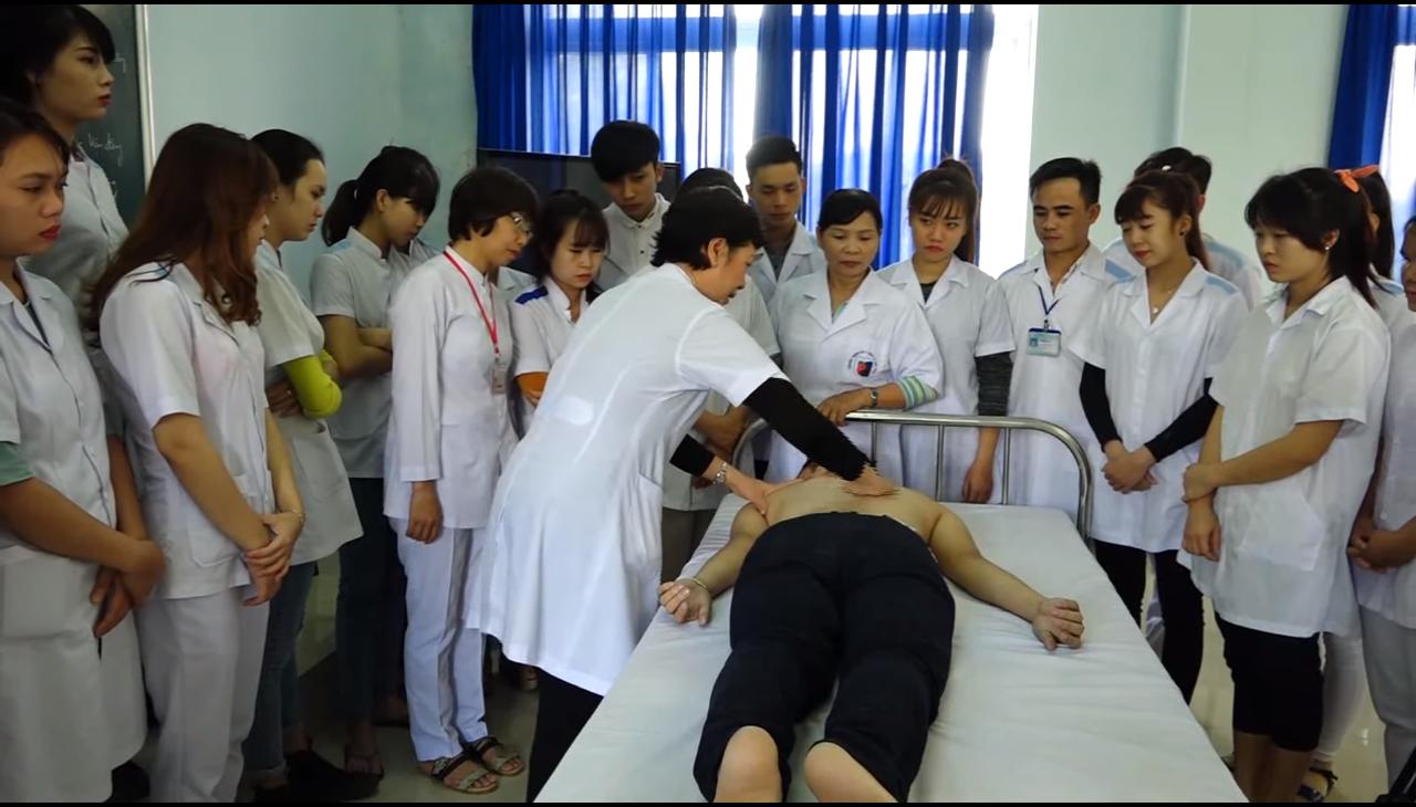 Sơ lược lịch sử và nguyên tắc chữa bệnh của phương pháp Xoa bóp bấm huyệt
