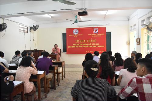 Khai giảng và giảng dạy khóa đào tạo đầu tiên phương pháp Diện chẩn – Điều khiển liệu pháp khóa 1 năm 2018