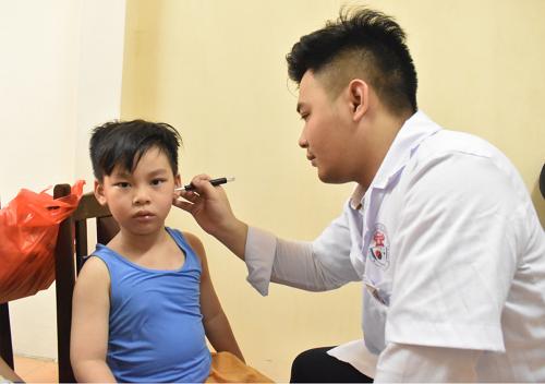 Trung tâm Việt Y đạo Hà Nội khám chữa bệnh tại Phòng Chẩn trị Đông y - Trường TCYD Tuệ Tĩnh Hà Nội