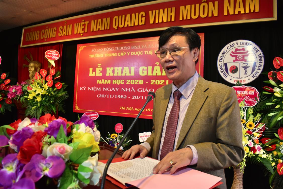 Trung cấp Y dược Tuệ Tĩnh Hà Nội khai giảng năm học 2020 - 2021 và kỷ niệm ngày Nhà giáo Việt Nam 20/11