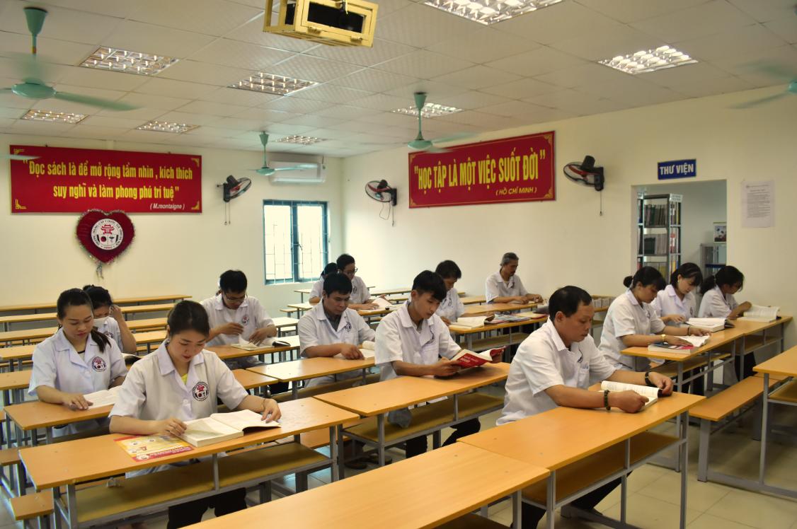 Thư viện Trường Trung cấp Y dược Tuệ Tĩnh Hà Nội