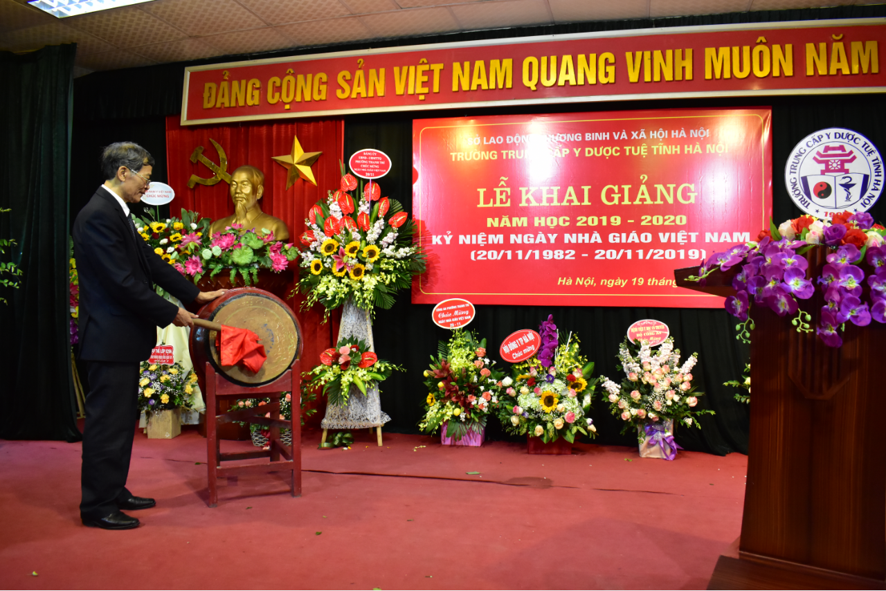 Lễ khai giảng năm học 2019 - 2020 và kỷ niệm ngày Nhà giáo Việt Nam 20/11/2019