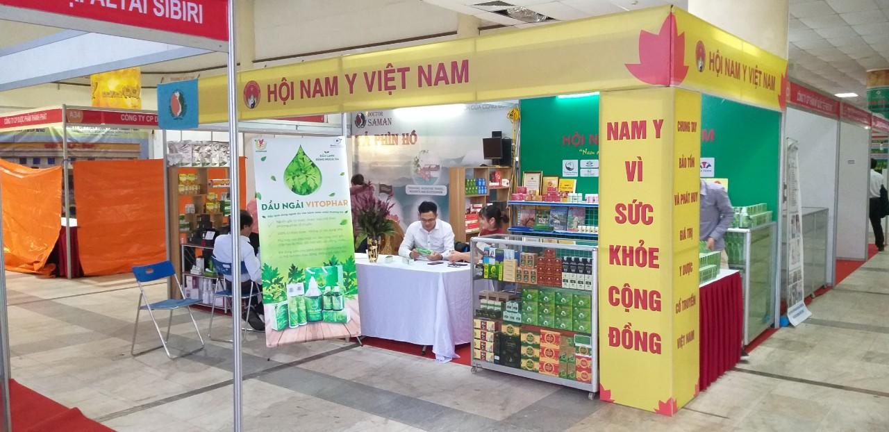 Hội Nam Y Việt Nam tham gia Hội chợ Dược liệu và các sản phẩm Y dược cổ truyền toàn quốc lần I